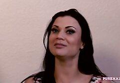 एक होटल सेक्सी फुल फिल्म सेक्सी के कमरे में नौसिखिया सफाई करने वाली महिला कोमल चेहरे पर सफेद सह के साथ भर गई थी