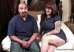 श्वेत फुल सेक्सी फिल्में देवियों का आदमी एक फाट गधा काली महिला को अपनी चूत में एक टैटू के साथ फ्राई करता है